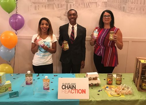 Founders of BabyMunch and Holmes Apple Sauce pictured with Lillian Kuri behind table with products